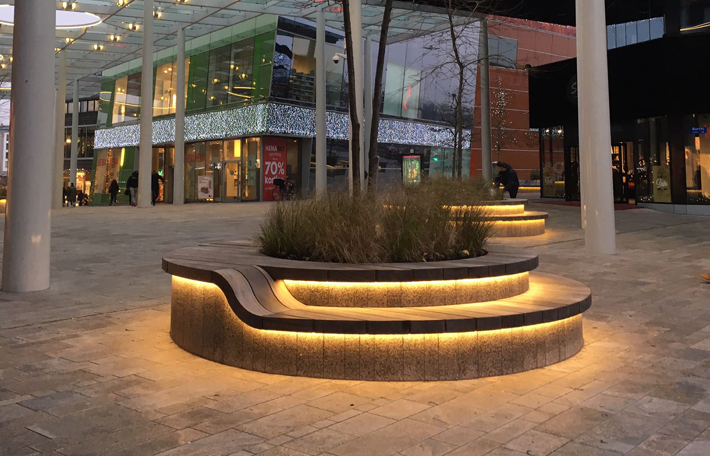 LEDSign project: Citymall Almere