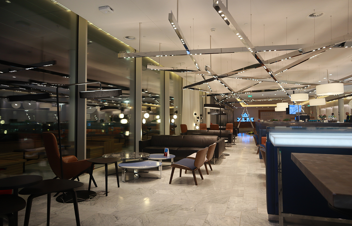 Schiphol Crown lounge Restaurant Blue